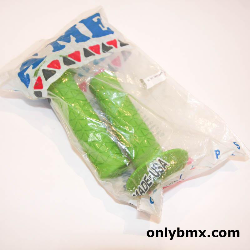 A'ME Green BMX Grips